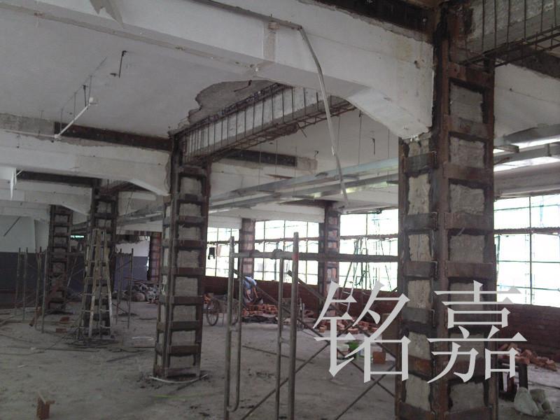 柱灌注角钢工程