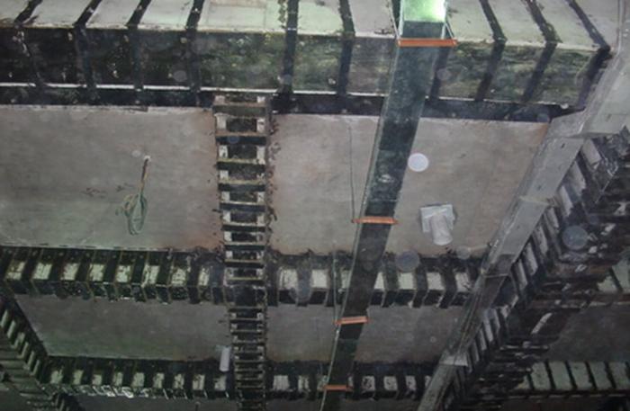 梁粘钢板工程
